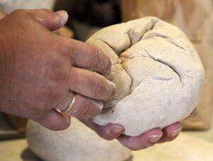 Хлебный клубок для исполнения желания
