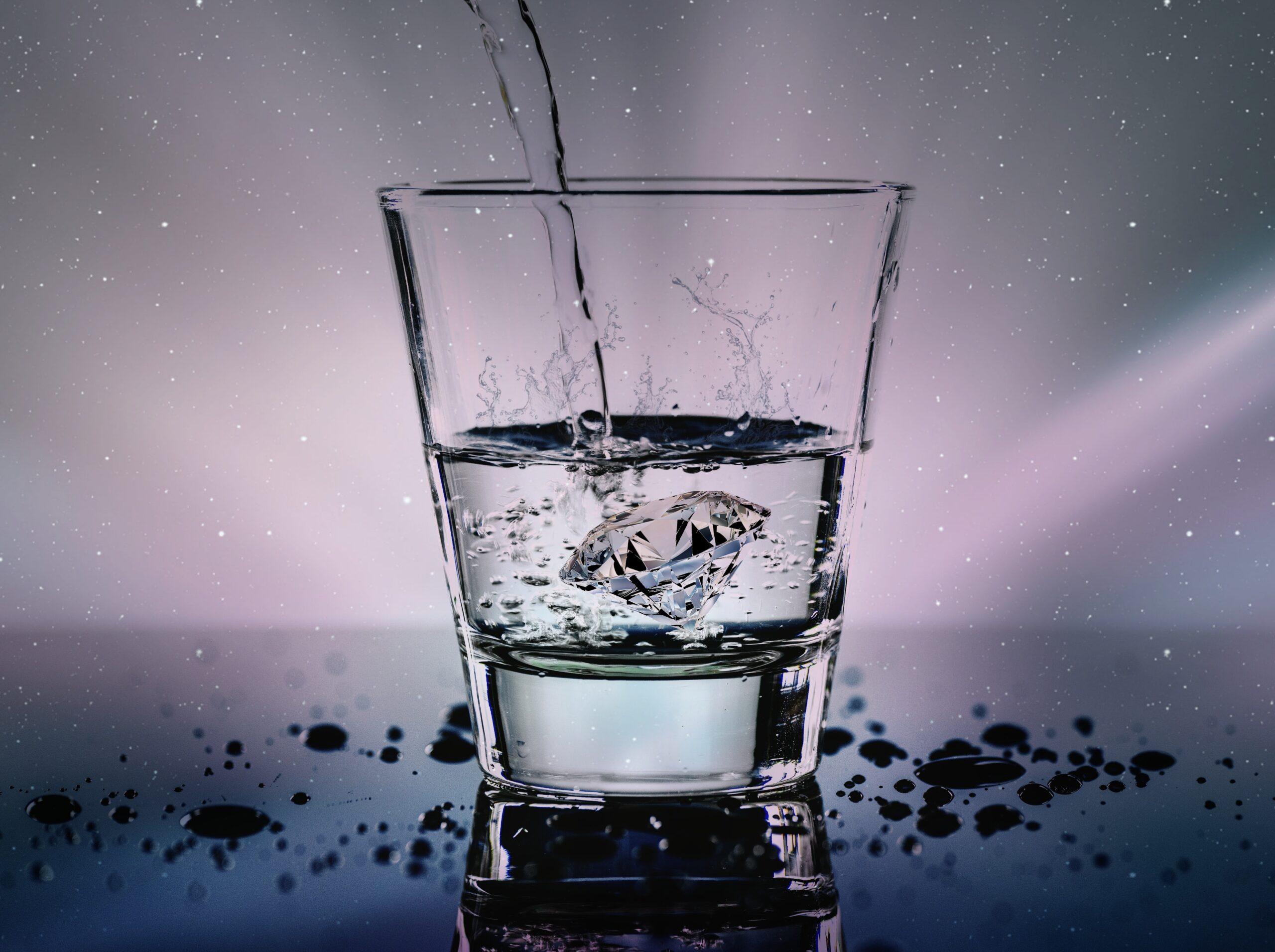 Успокаивающий ритуал на воду от тяжелых мыслей