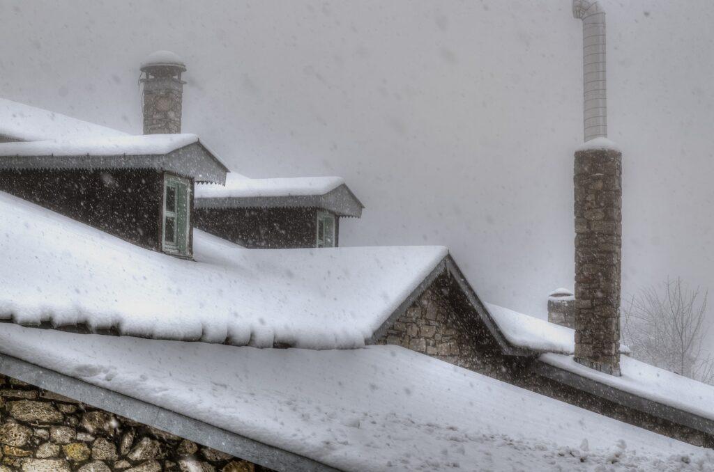 Снег от уныния и плохого настроения
