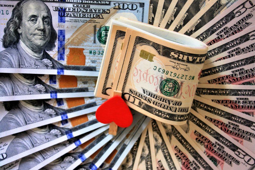 Заговор на приход больших денег