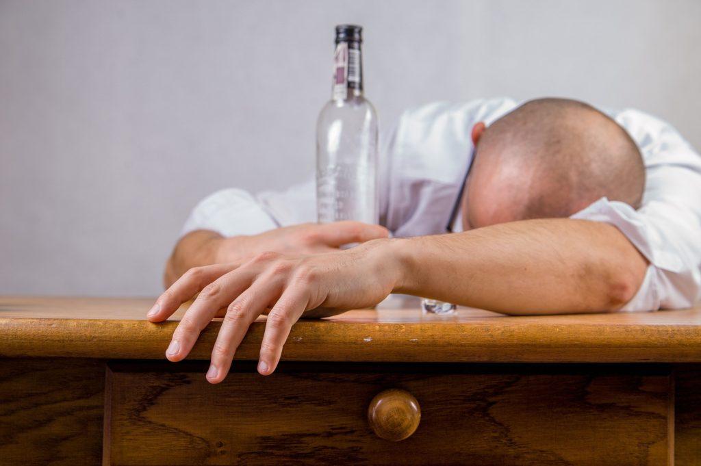 Заговор для выведения пьяницы из запоя