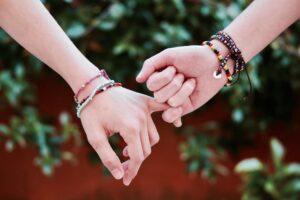 Магический ритуал на примирение после ссоры