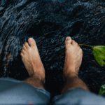 Заговор от боли в ногах