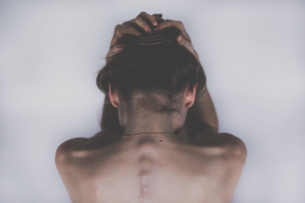 Заговор от выпадения и истощения волос