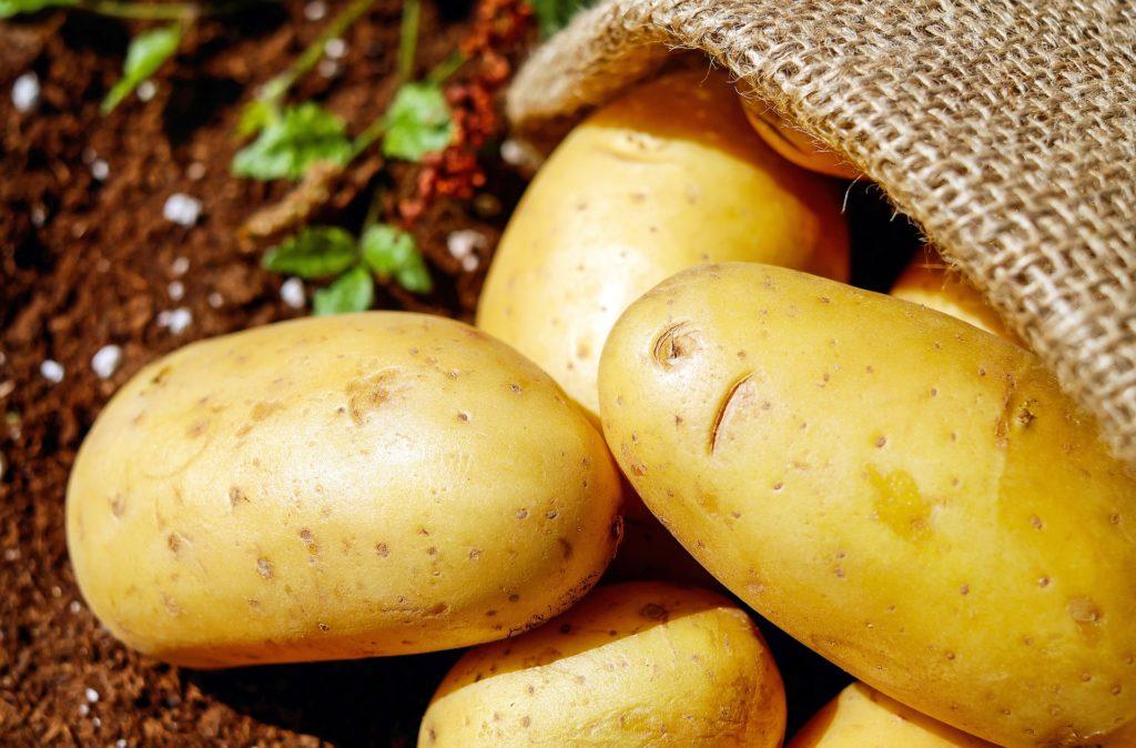 Как избавиться от бородавок с помощью картошки