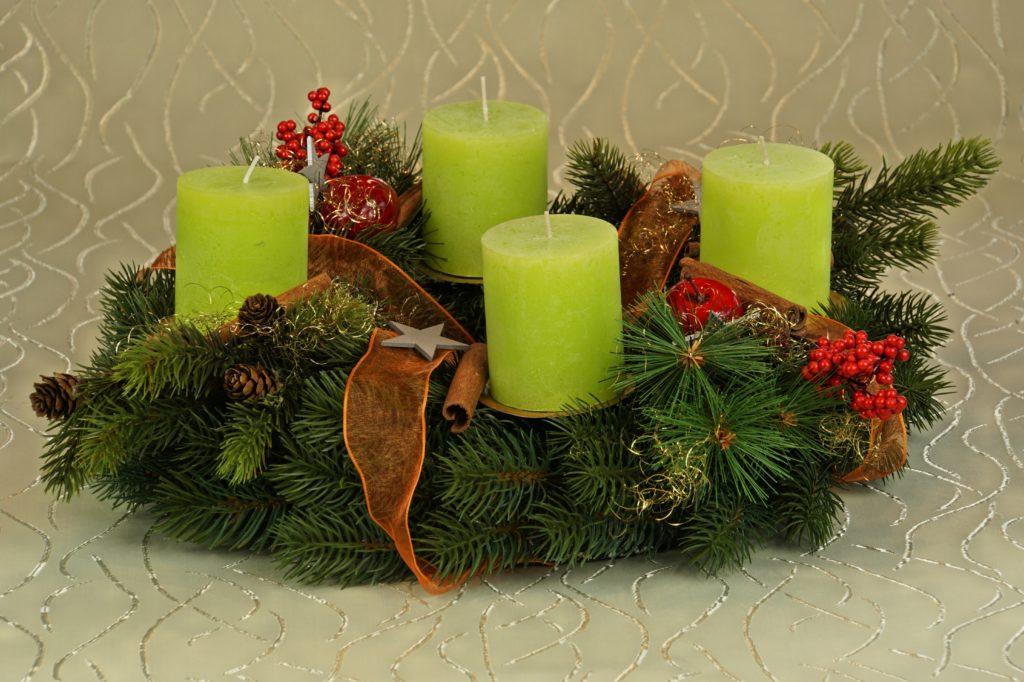 Зеленая свеча для денег и удачи